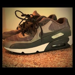 Youth Boys Nike Air MAX